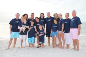 Roger & Janet with their children and grandchildren